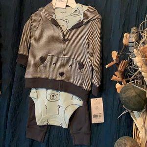 Carter's 3 piece infant boys bear outfit